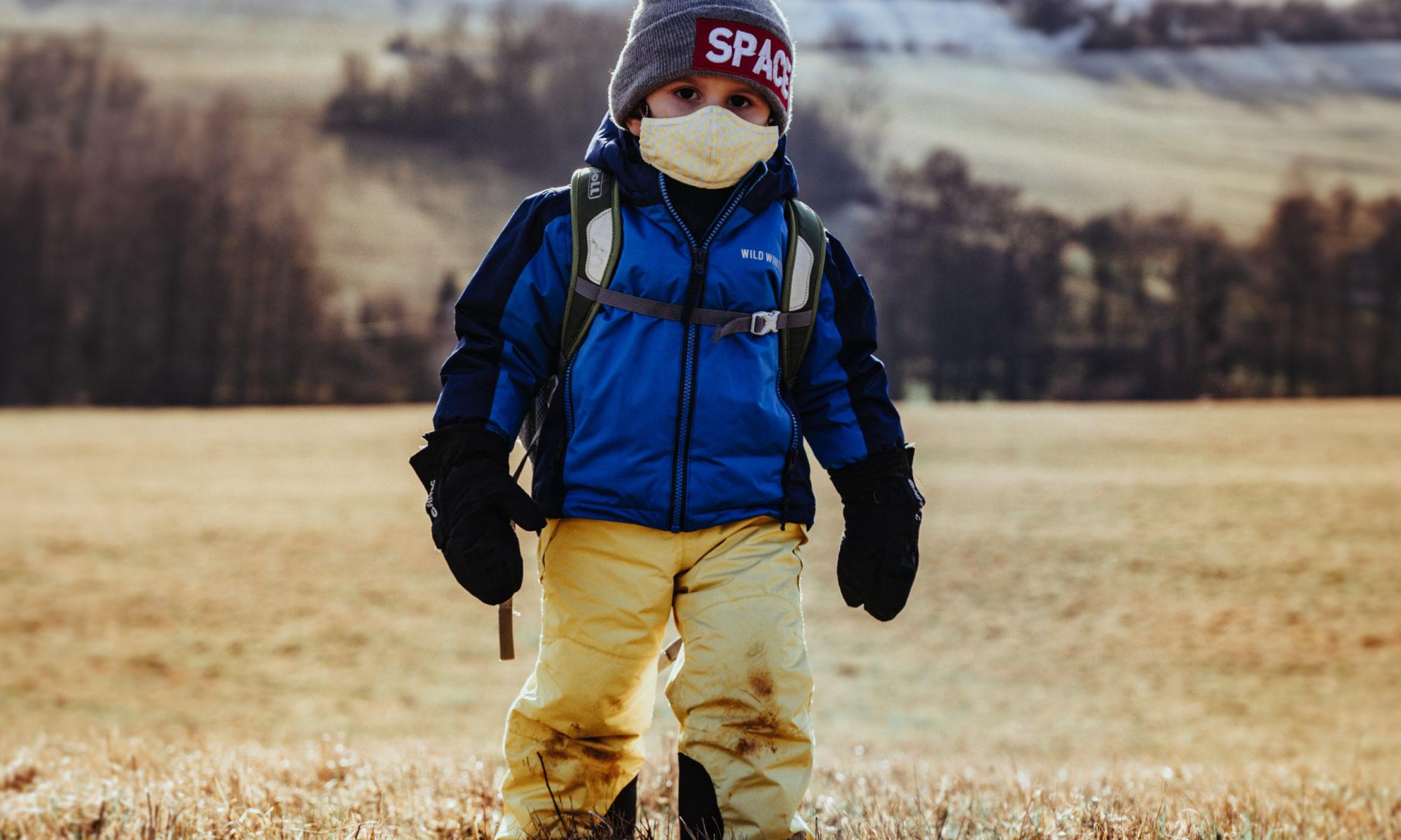 Alleinerziehende in Coronazeiten, der HauptstadtPapa im Spiegel Interview - Wer kümmert sich im Notfall um das Kind? (Bild: Unsplash/Jan Kopřiva)