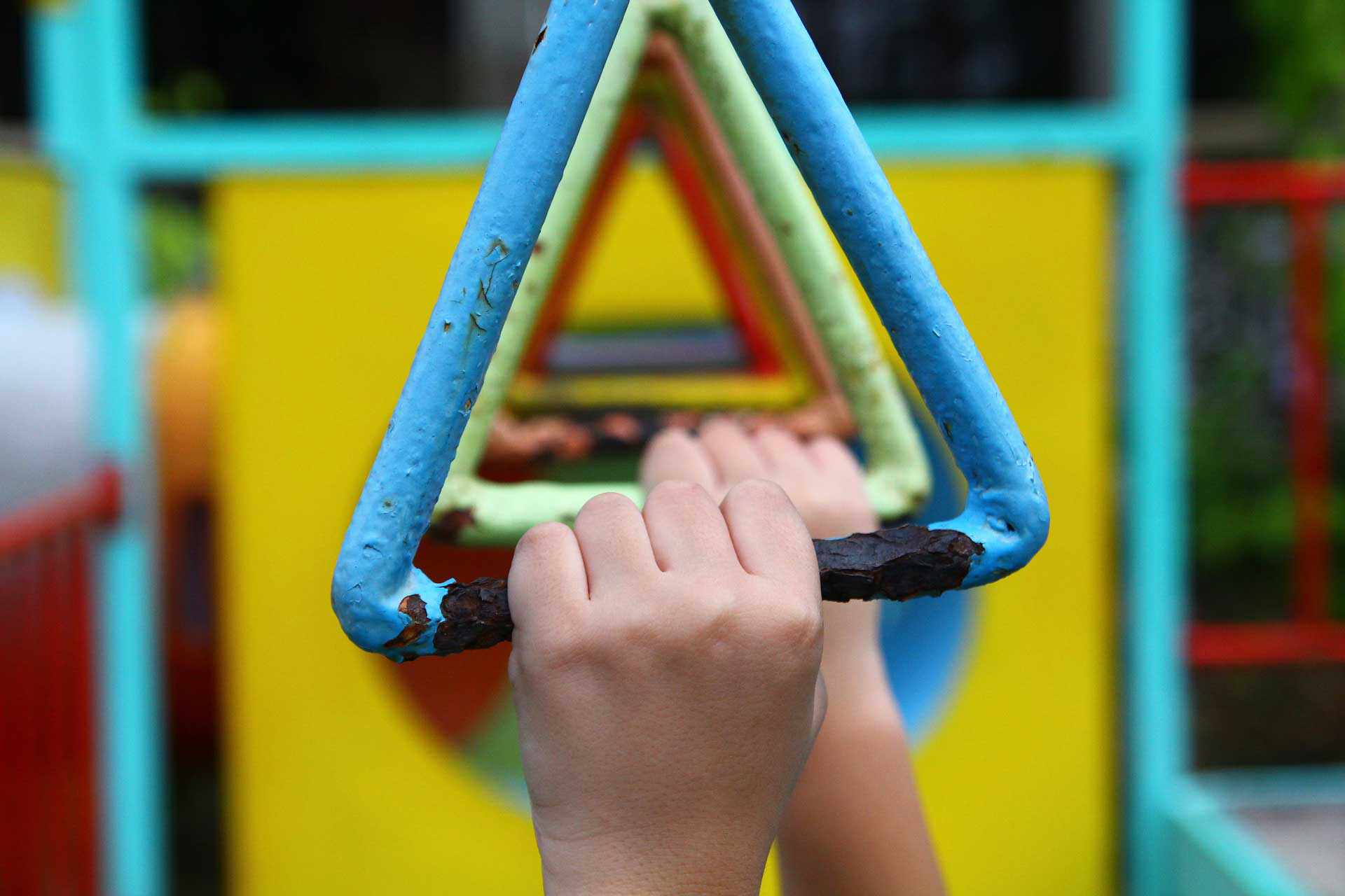Eine Studie der University of Illinois Urbana-Champaign zeigen, dass auch der Kopf der Kinder vom Sport profitiert. (Bild: Pixabay/Charyl Patrice Lee)