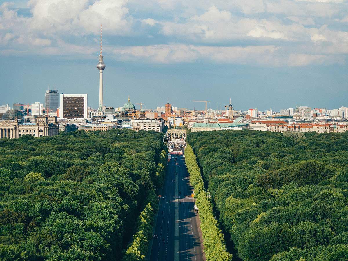 Bild vom 17. Juni auf Berlin. (Bild: Unsplash/Adam Vradenburg)